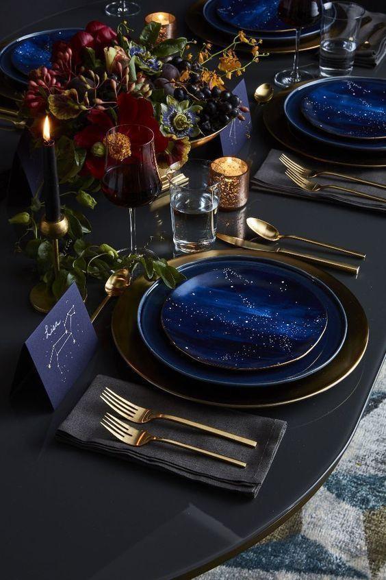 classic blue table setting
